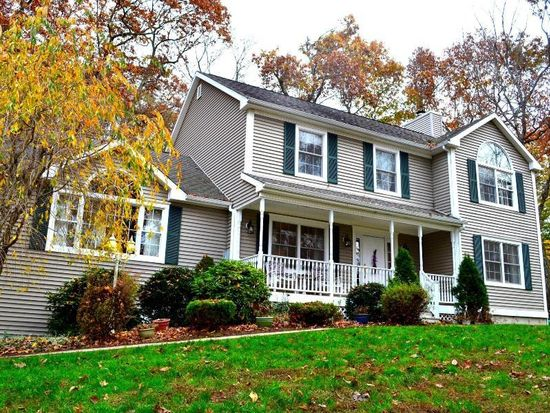242 Turkey Roost Rd, Monroe, CT 06468