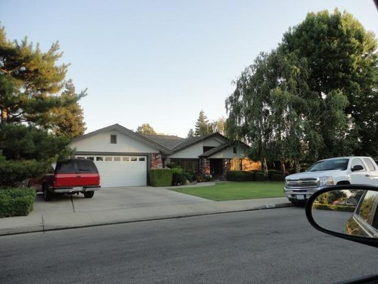 9501 Wandering Oak Dr, Bakersfield, CA 93311
