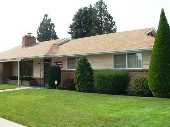 529 S 15th St, Sunnyside, WA 98944