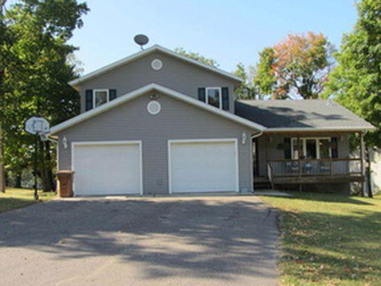 1322 Bay Ridge Dr, Detroit Lakes, MN 56501