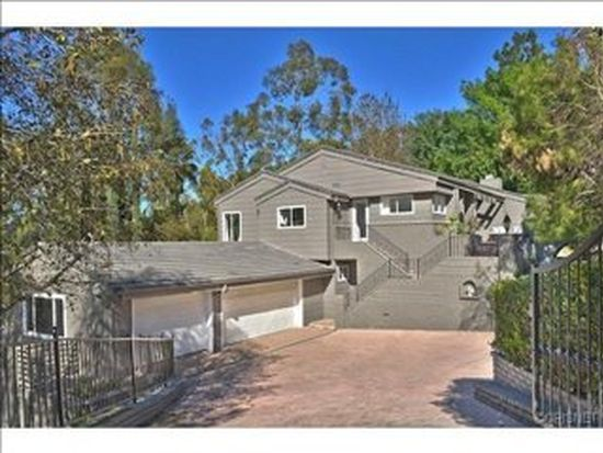 17277 Oak View Dr, Encino, CA 91316