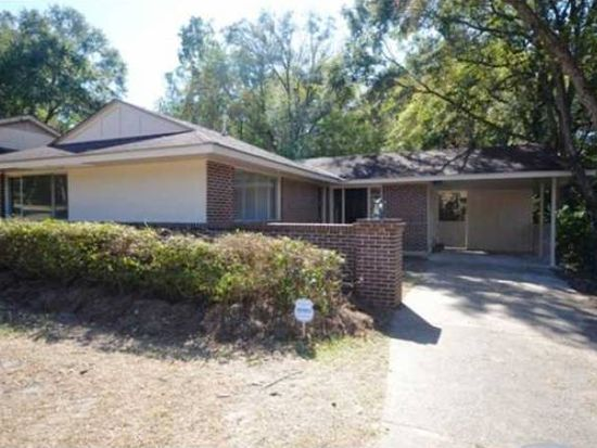 606 Pineridge Pl, Mobile, AL 36609
