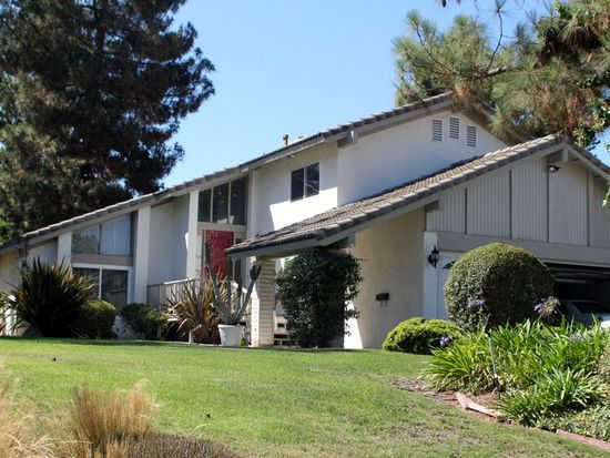 1953 Gary Ln, Escondido, CA 92026