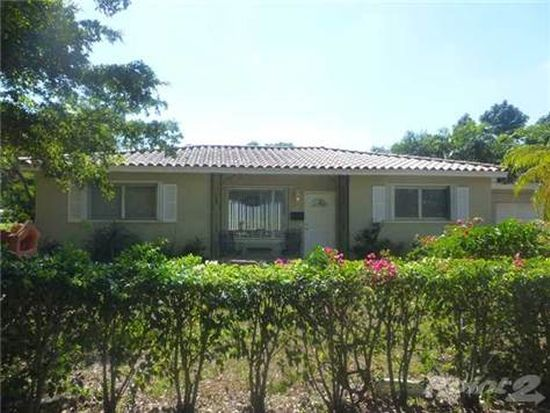 820 NE 113th St, Biscayne Park, FL 33161