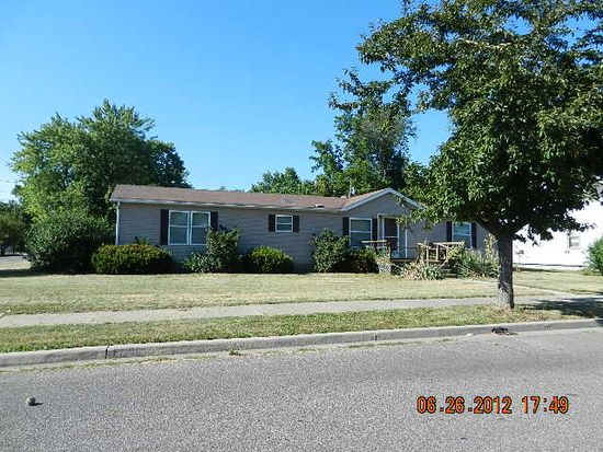 2406 6th Ave, Terre Haute, IN 47803