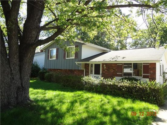 286 Washington Dr, Northfield, OH 44067