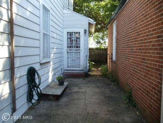 4214 Raymar Ave, Baltimore, MD 21206