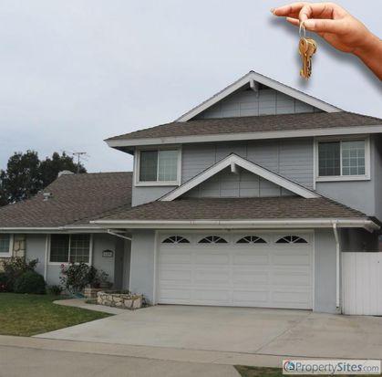 16591 Robert Ln, Huntington Beach, CA 92647