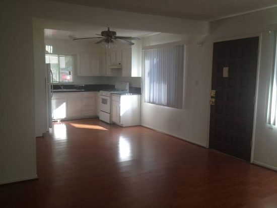 2421 N Beachwood Dr APT 1, Los Angeles, CA 90068