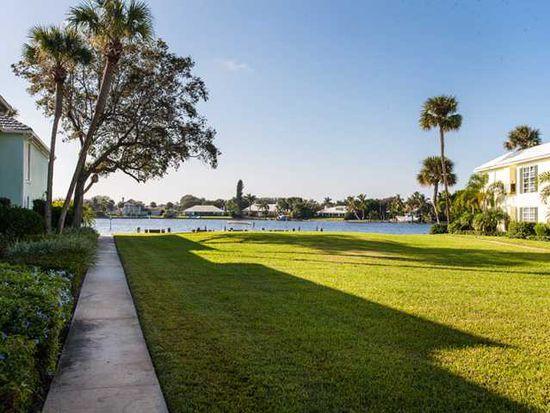 600 Riomar Dr APT 11, Vero Beach, FL 32963