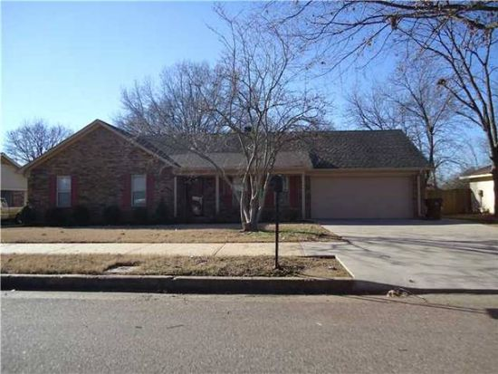 3987 Oak Rd, Memphis, TN 38135