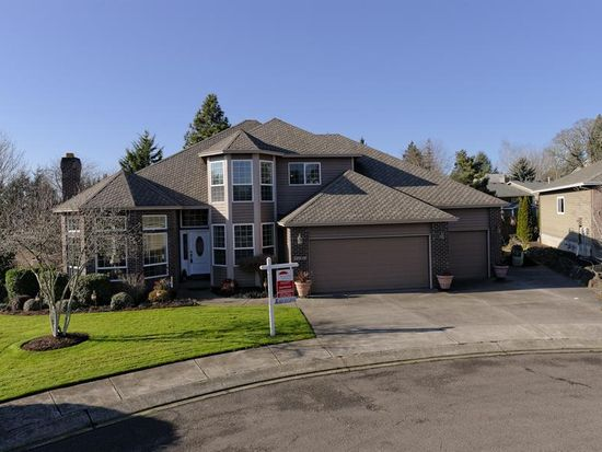 10930 SE Saint Lucy Ln, Happy Valley, OR 97086