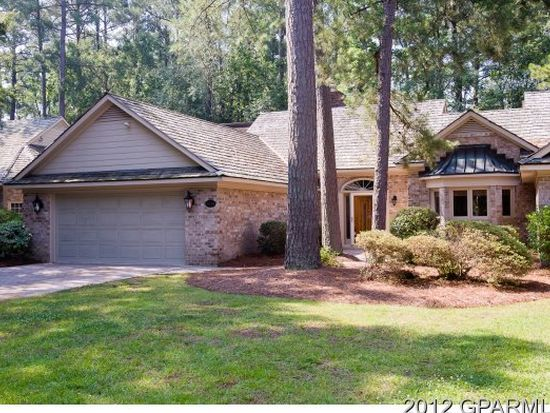 3044 Dartmouth Dr, Greenville, NC 27858
