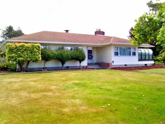 569 S Fred D Haight Dr, Smith River, CA 95567
