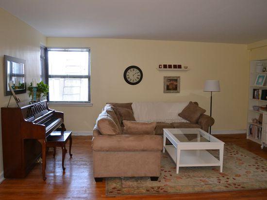142 Garth Rd APT 2U, Scarsdale, NY 10583
