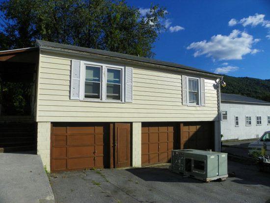 323 1/2 W Cumberland Rd, Bluefield, WV 24701