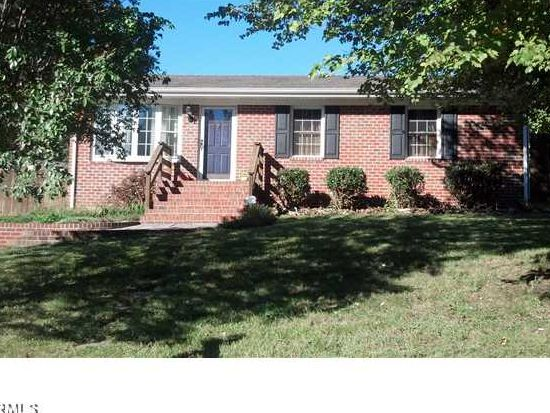 3054 Kenova Dr, North Chesterfield, VA 23237