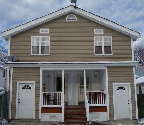 26 Thomas Ave, Pawtucket, RI 02860