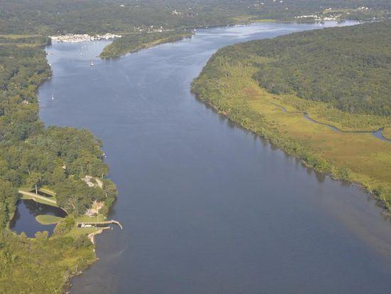 287 River Rd, Deep River, CT 06417