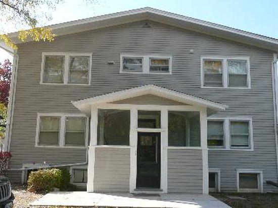 2494 Saint Johns Ave APT 2SE, Highland Park, IL 60035