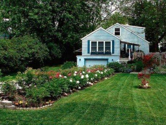 422 Spring St, Mukwonago, WI 53149