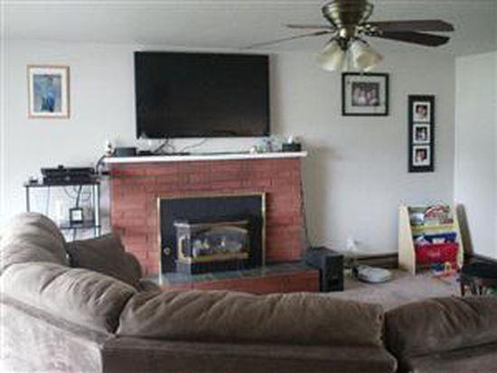 1681 NE 10th Ave, Oak Harbor, WA 98277