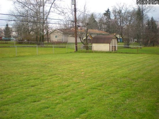 25010 Columbus Rd, Bedford Heights, OH 44146