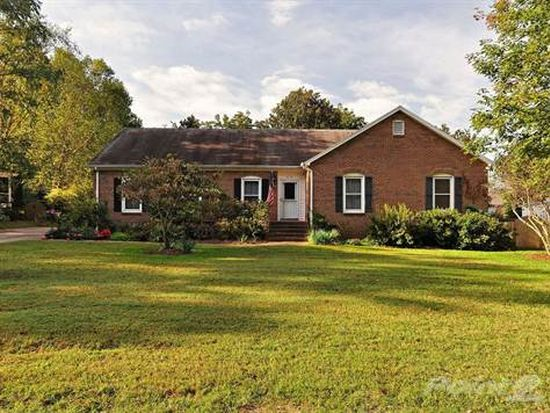 6036 Sharon Acres Rd, Charlotte, NC 28210