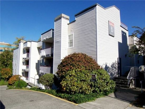 132 NE 95th St APT B303, Seattle, WA 98115