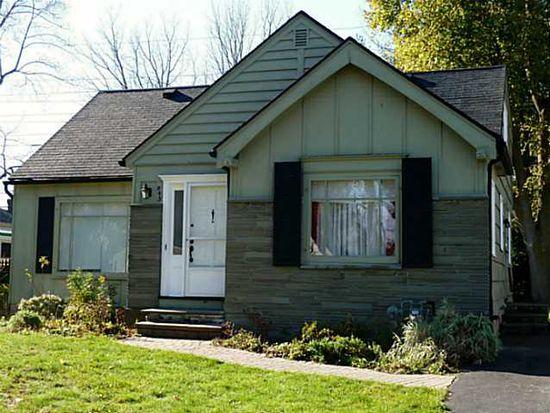945 S Grosvenor Rd, Rochester, NY 14618