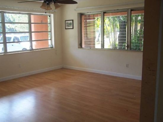 1659 Grove Ave, Fort Myers, FL 33901