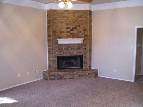 2208 90th St, Lubbock, TX 79423