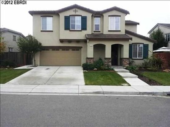 333 Shady Oak Dr, Oakley, CA 94561