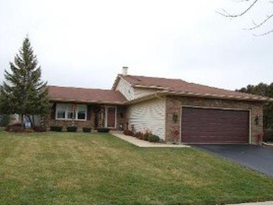 1661 Minnesota Dr, Elk Grove Village, IL 60007