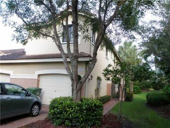 4315 Vineyard Cir, Weston, FL 33332
