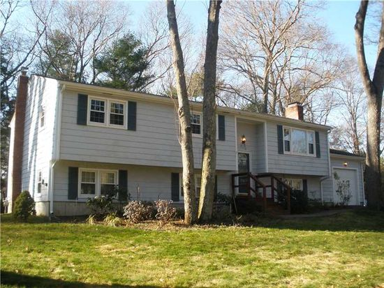 210 Edmond Dr, North Kingstown, RI 02852