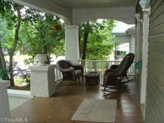 1335 W Friendly Ave, Greensboro, NC 27403