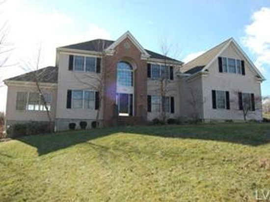 170 Pine Valley Ter, Easton, PA 18042