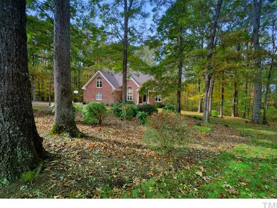 14 Whit Ct, Angier, NC 27501