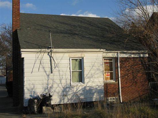 6897 Warwick St, Detroit, MI 48228