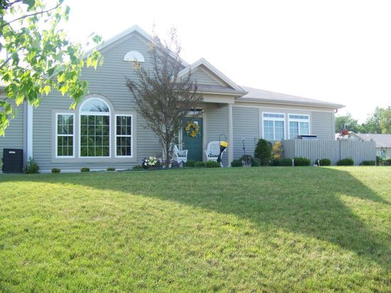 17704 Dawn Ct, Meadville, PA 16335