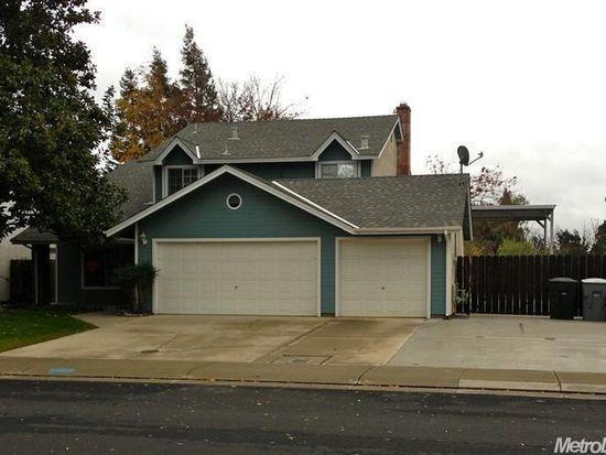 2134 Ashwood Dr, Escalon, CA 95320