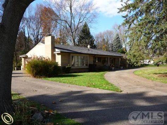 4848 Haddington Dr, Bloomfield Hills, MI 48304