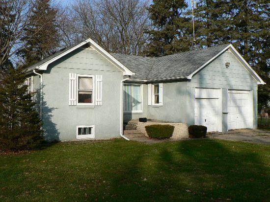 204 E Terra Cotta Ave, Crystal Lake, IL 60014