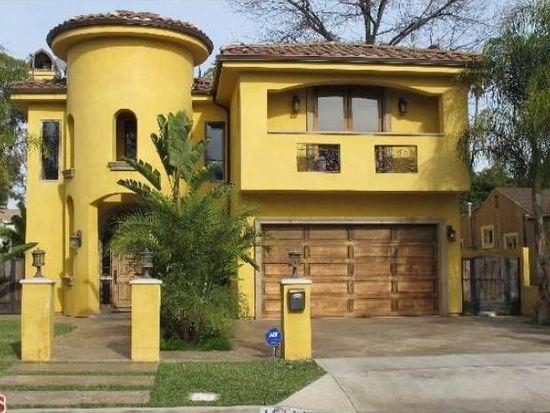 15111 Hartsook St, Sherman Oaks, CA 91403