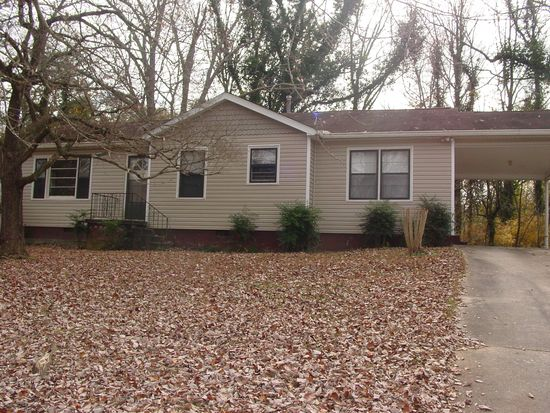 111 Riverbend Cir, Gainesville, GA 30501