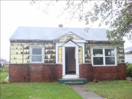 1223 Howard St, South Bend, IN 46617