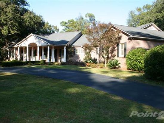 5865 Pine Grove Dr, Point Clear, AL 36564