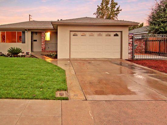 111 W San Gabriel Ave, Clovis, CA 93612