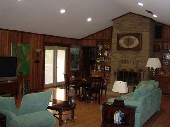 1606 Oak Dr, Bainbridge, GA 39819